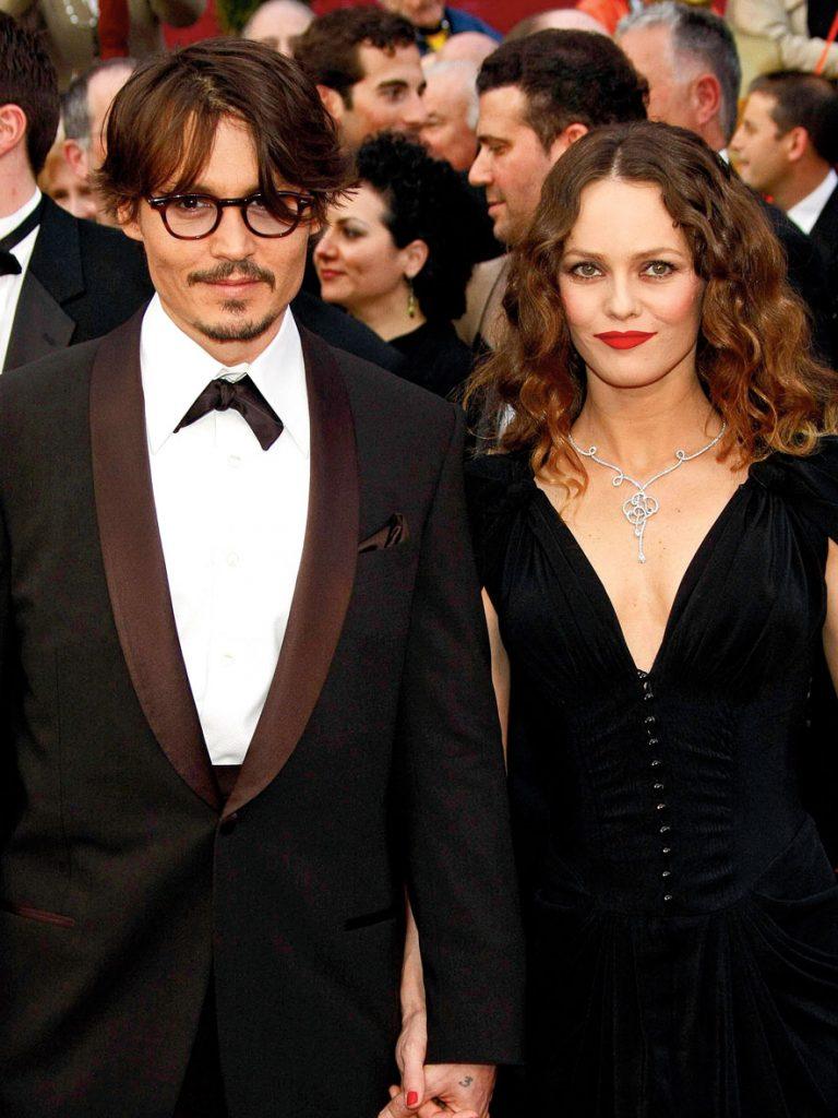 Vanessa-Paradis-et-Johnny-Depp-divine-idylle